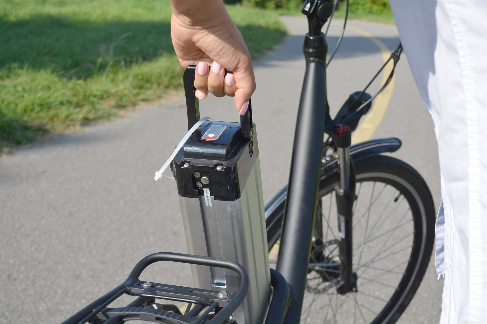 Can You Ride an Ebike Without the Battery