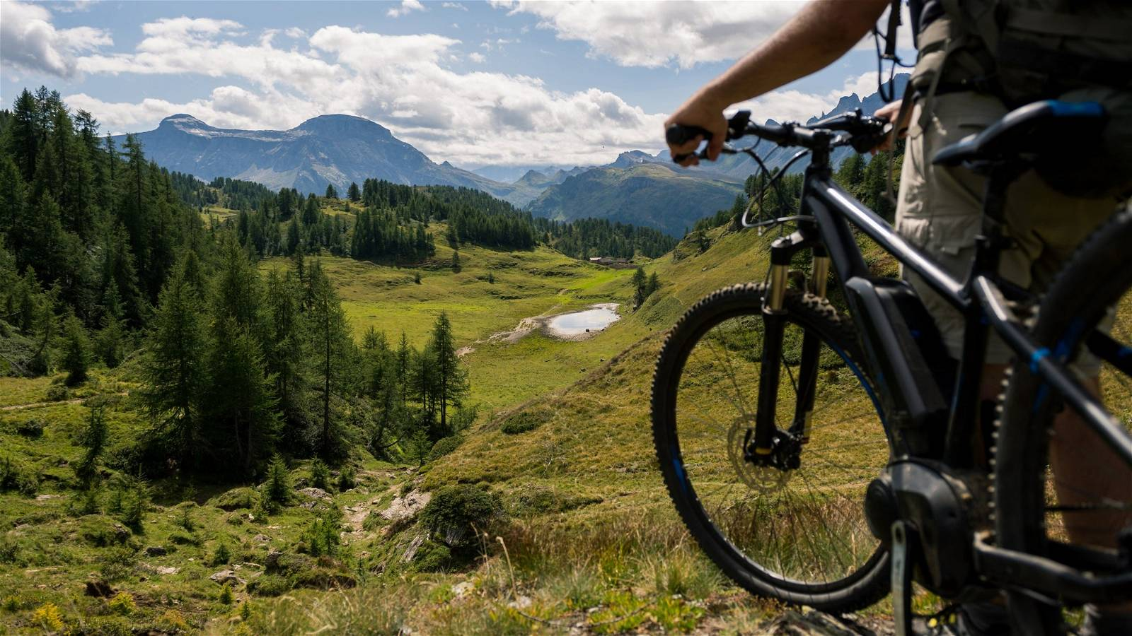 Electric Bikes: The Modern Way of Exploring The Outdoors