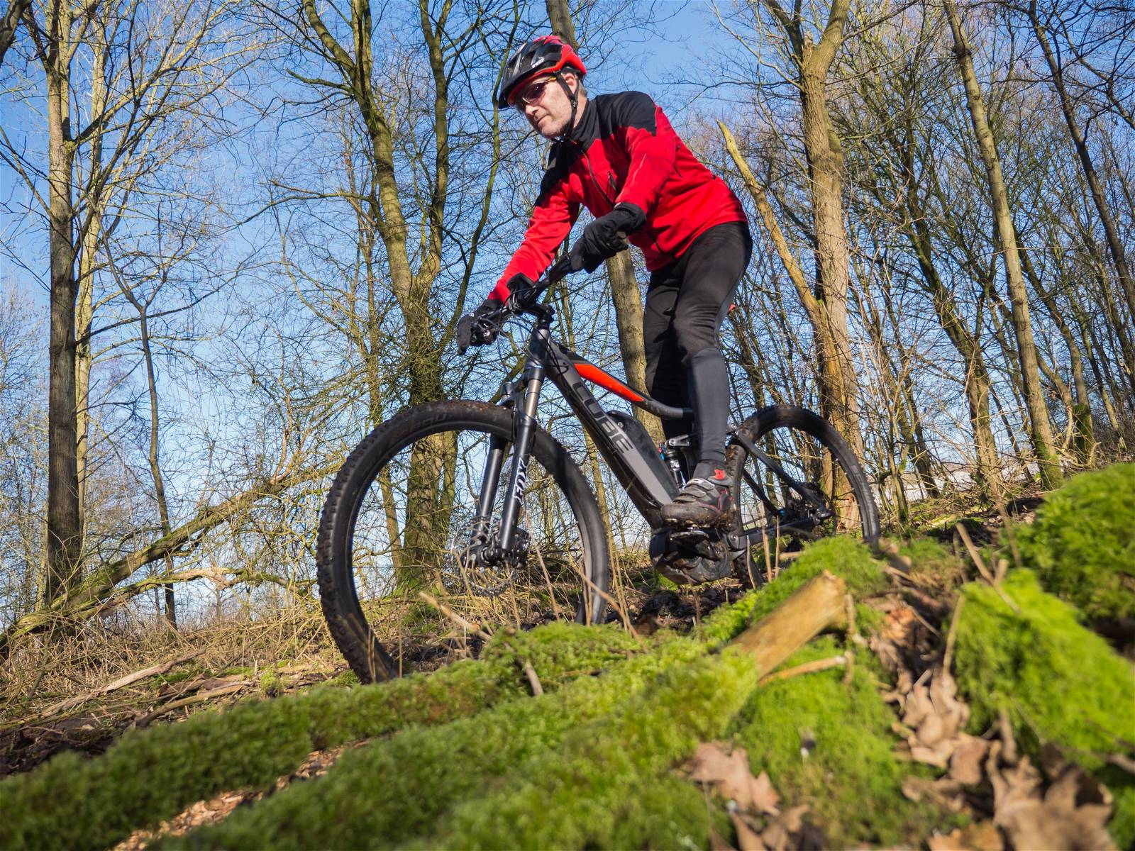 How Fast do Electric Mountain Bikes Go?