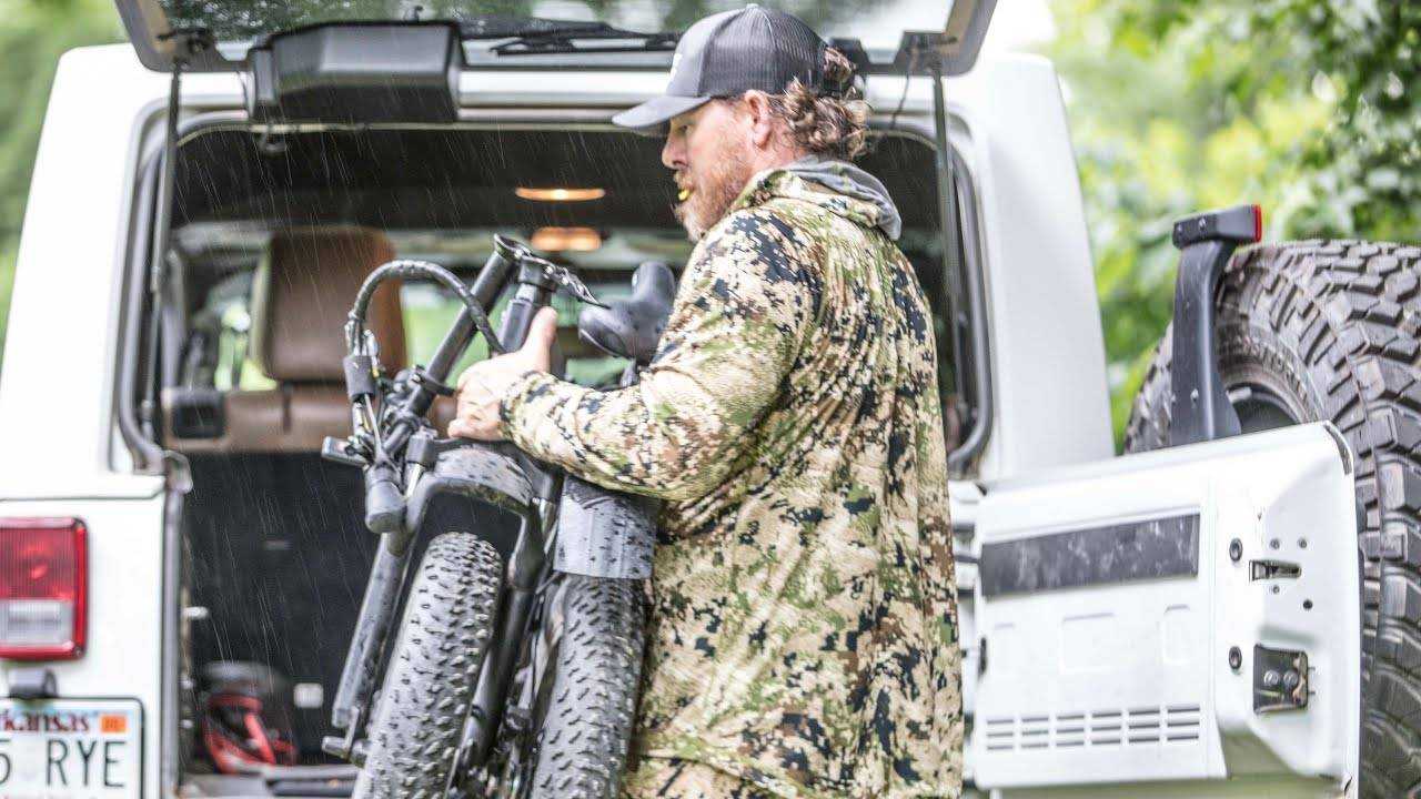 Top 9 Benefits of a Folding Fat Tire eBike for Hunters