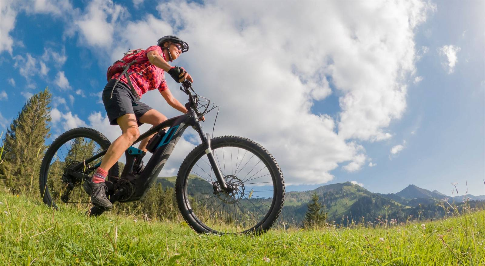 Why Are Electric Mountain Bikes Used for Hunting?